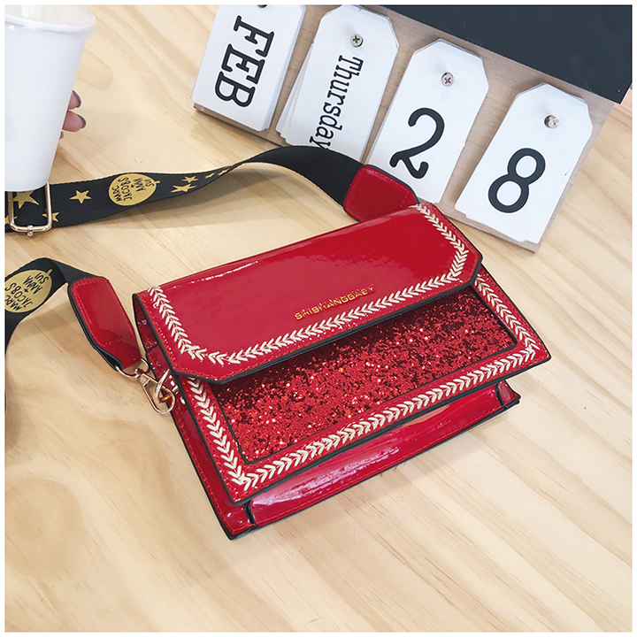 Fashion lacquer sequins, wide shoulder straps and ladies'bags red 20*14*7cm