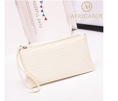 European and American fashion ladies handbag Pu pocket purse handbag crocodile pattern bag Rice white 19*11*1.5cm