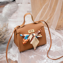 New simple female bag shoulder Messenger bag retro casual small fresh lock small square bag brown one size