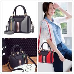 New Female Korean version of the sweet and stylish women's bag slung shoulder bag black 23*11*17*11cm