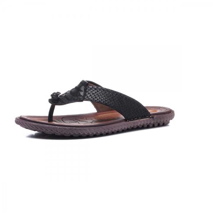 05aa3c1680c5 Big Size 38-47 Men Flip Flops Soft Cow Leather Summer Crocodile Men  Slippers Beach
