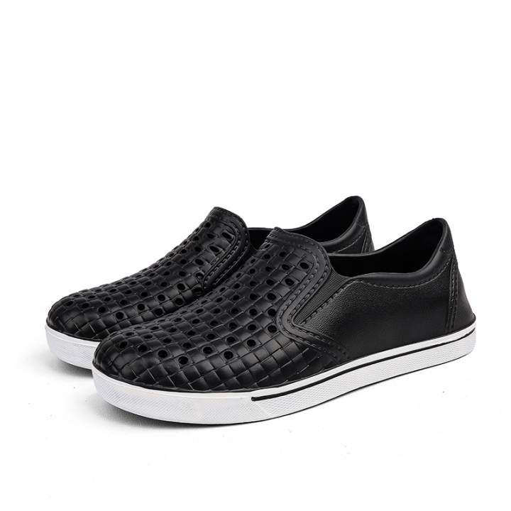 daa588626 Casual Water Slippers Summer EVA Clogs Men Slip On Garden Shoes Beach Holes  Sandals For Men