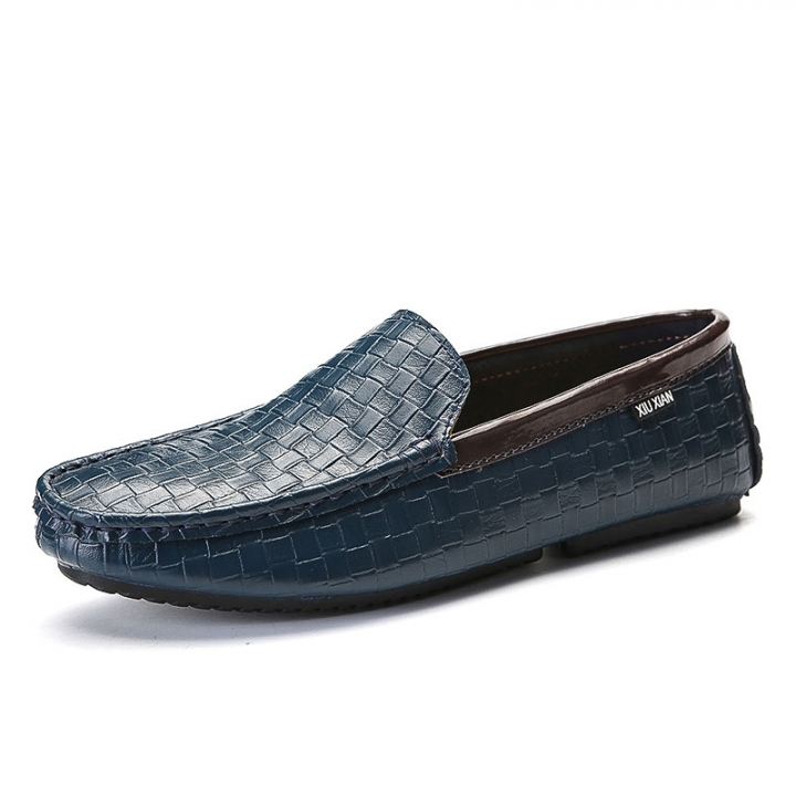 9d450b6e8dd Man Loafers Autumn Cool Men s Flats Shoes Leather Man Casual Boat Shoes  Classical Moccasins Plaid blue