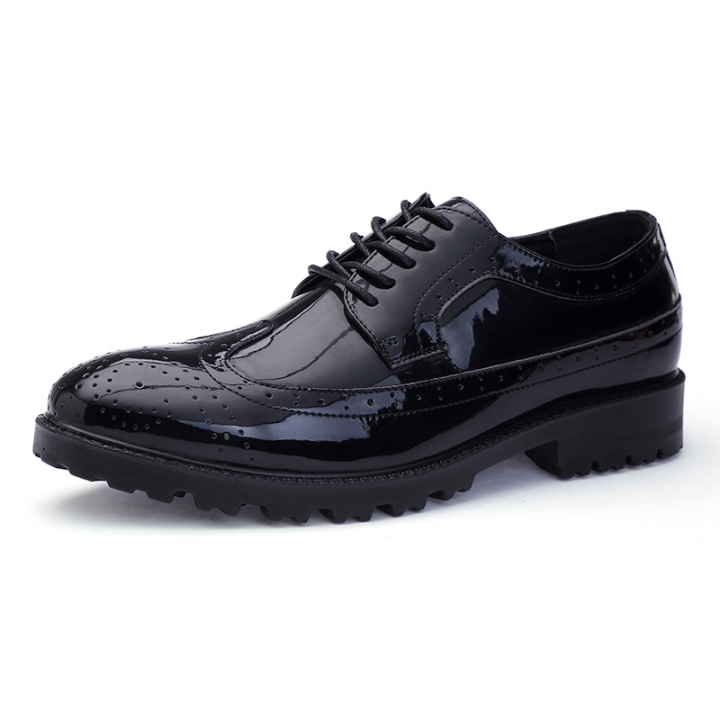 highly coveted range of top-rated fashion latest trends of 2019 British Autumn Shining Brogue Men Leather Formal Shoes Patent Office black  39