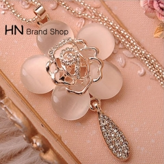 HN Brand-1Pcs/Set New Cat's-eye rose sweater chain necklace Pendant for Christmas Women Jewellery Pink chain length:64cm