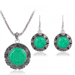 Women's Jewelry Set Necklace and Earrings Setting with Synthetic Emerald Green one size