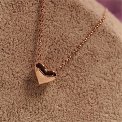 Stylish and Elegant Heart Shape Necklace Jewellery gold color one size