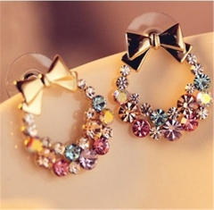 Lady's Fashion earrings Jewellery colour one size
