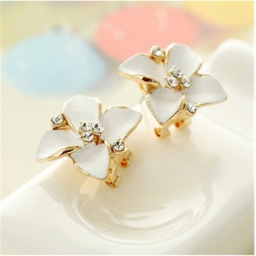 Imported Zircon Four Petal Flowers Exaggerated Lovely Earrings Jewellery white one size