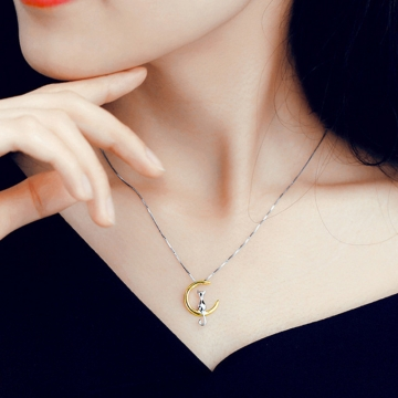 kitten Moon Kitty Necklace Women's short clavicle chain lovely jewelry gold color one size