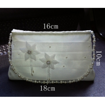 (Buy 1 Get 4 Gift) Valentines gift Women Crystal Handbag Floral Patterned Bag Mini Makeup Bag white normal