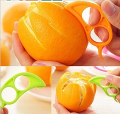 Easy Practical Lemon Peeler Slicer Cutter Plastic Clever Open Peel Orange Apparatus random color one size